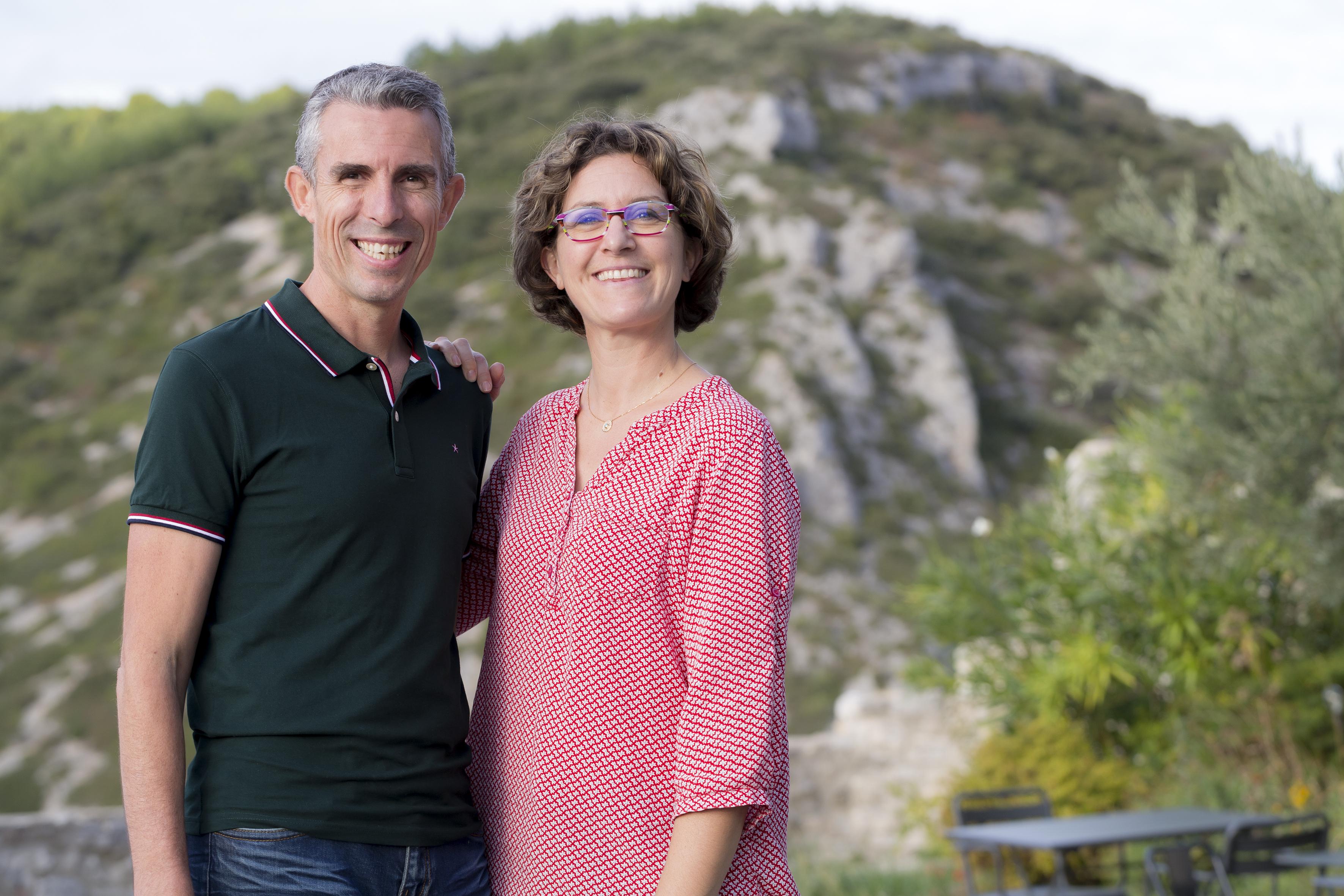 Elsa & Arnaud, vos nouveaux hôtes à Metafort, chambre d'hôtes en luberon